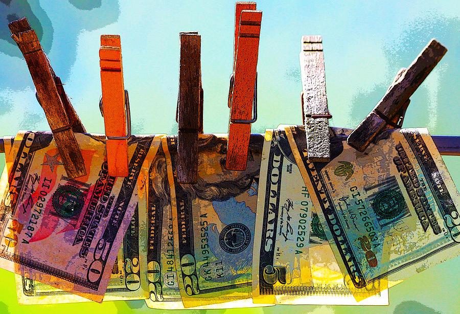 money-laundering-karon-devega أفضل 10 مواقع ويب لبيع أعمالك الفنية و التصاميم لربح المال