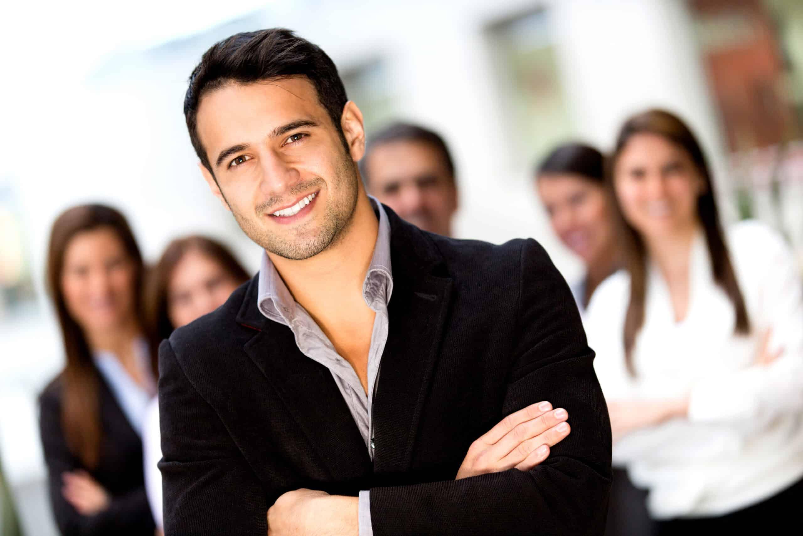 McAfee-Institute كيفية تحسين أداء الموظفين و بناء شركة مستقرة داخليا