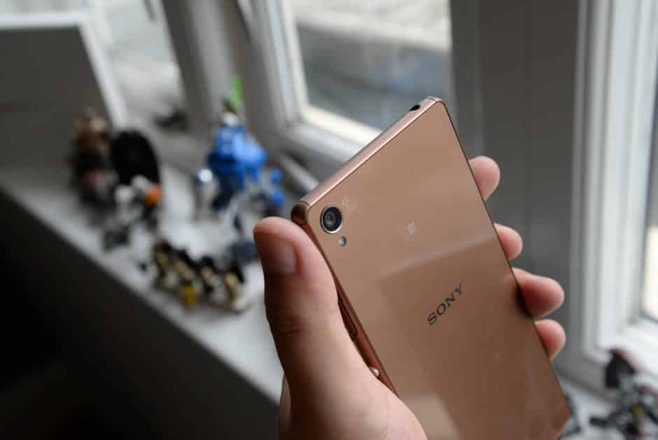 Sony-Xperia-Z3-1 مراجعة Sony Xperia Z3+: هذا هو إكسبيريا زد 4
