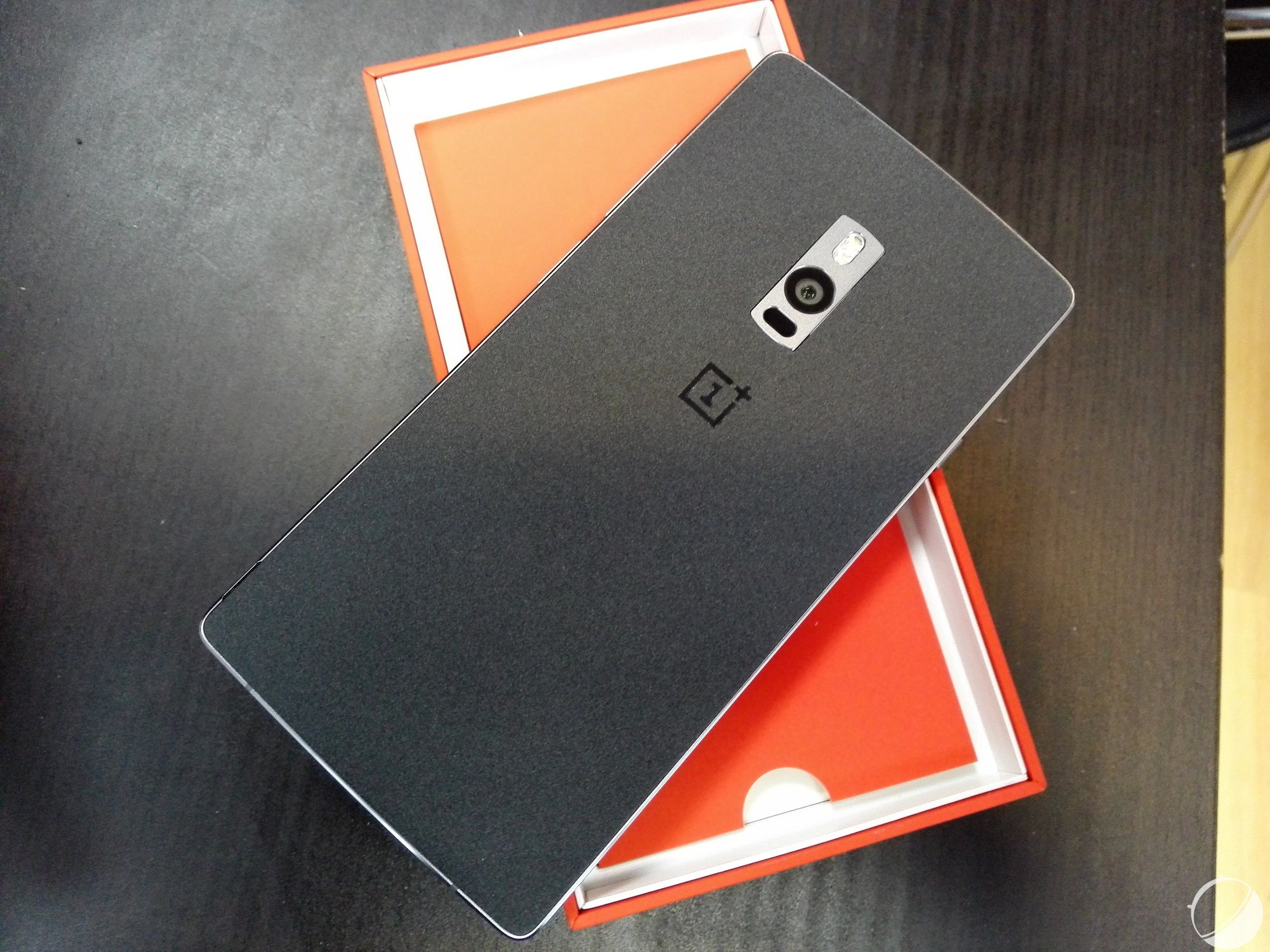 oneplus2 مراجعة OnePlus 2: مرة أخرى وان بلس تبهرني