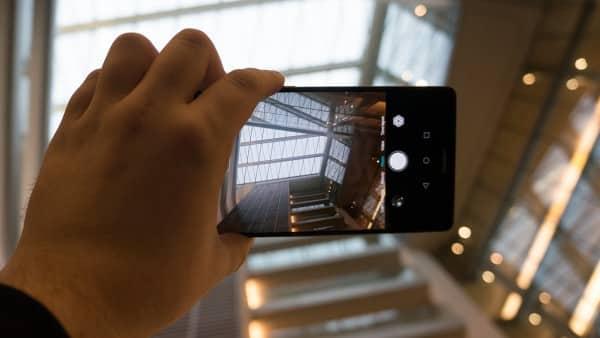 mate-8 مراجعة Huawei Mate 8: لعشاق الهواتف الراقية الكبيرة