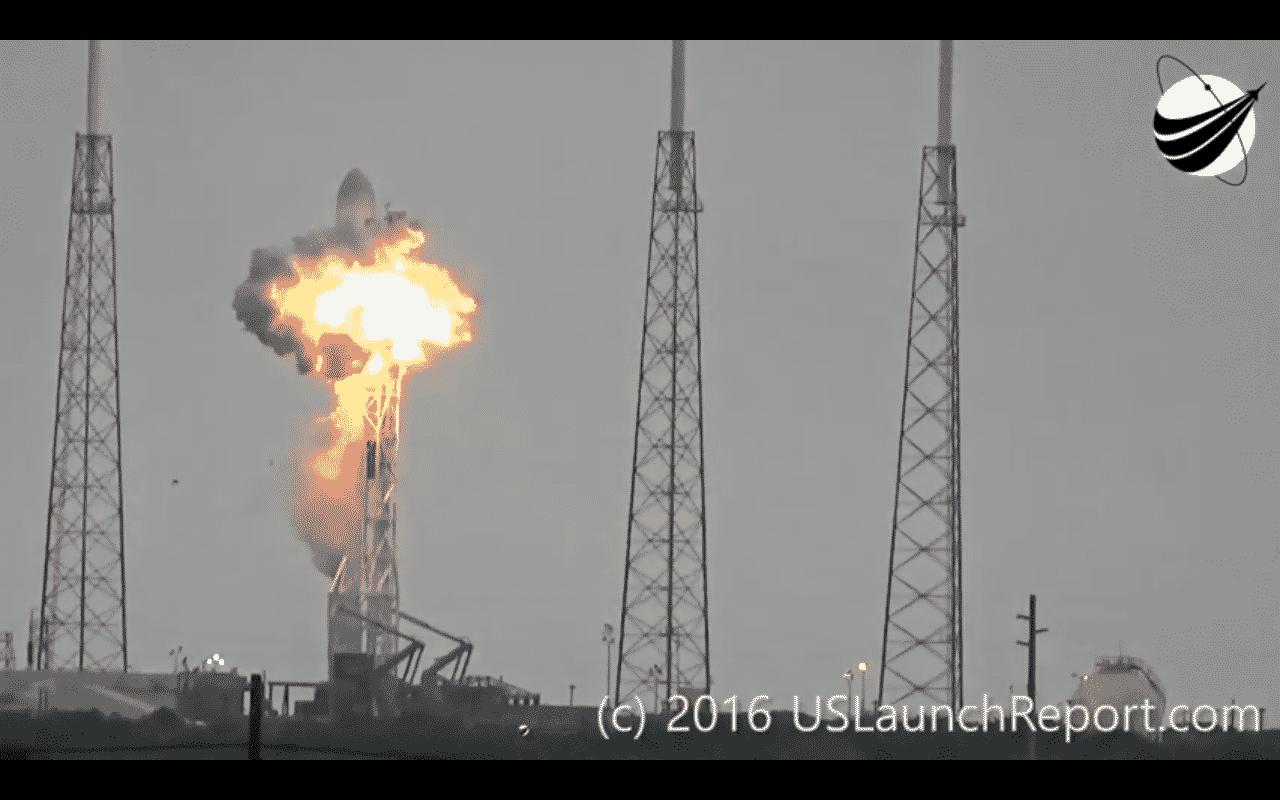 """Falcon-9-Explosion انفجار """"فالكون 9"""": تعاون فيس بوك واسرائيل و إيلون ماسك لنشر الإنترنت مجانا"""