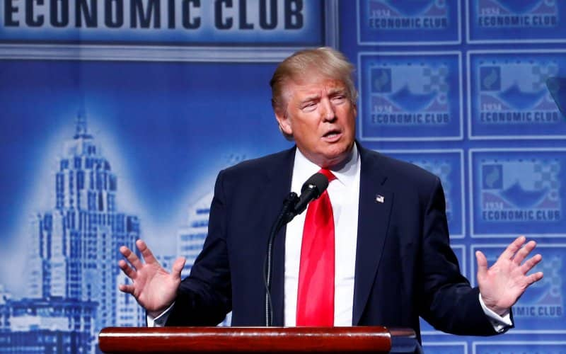 Trump-would-crash-economy لماذا فوز دونالد ترامب سيكون كارثيا على الأسهم الأمريكية؟