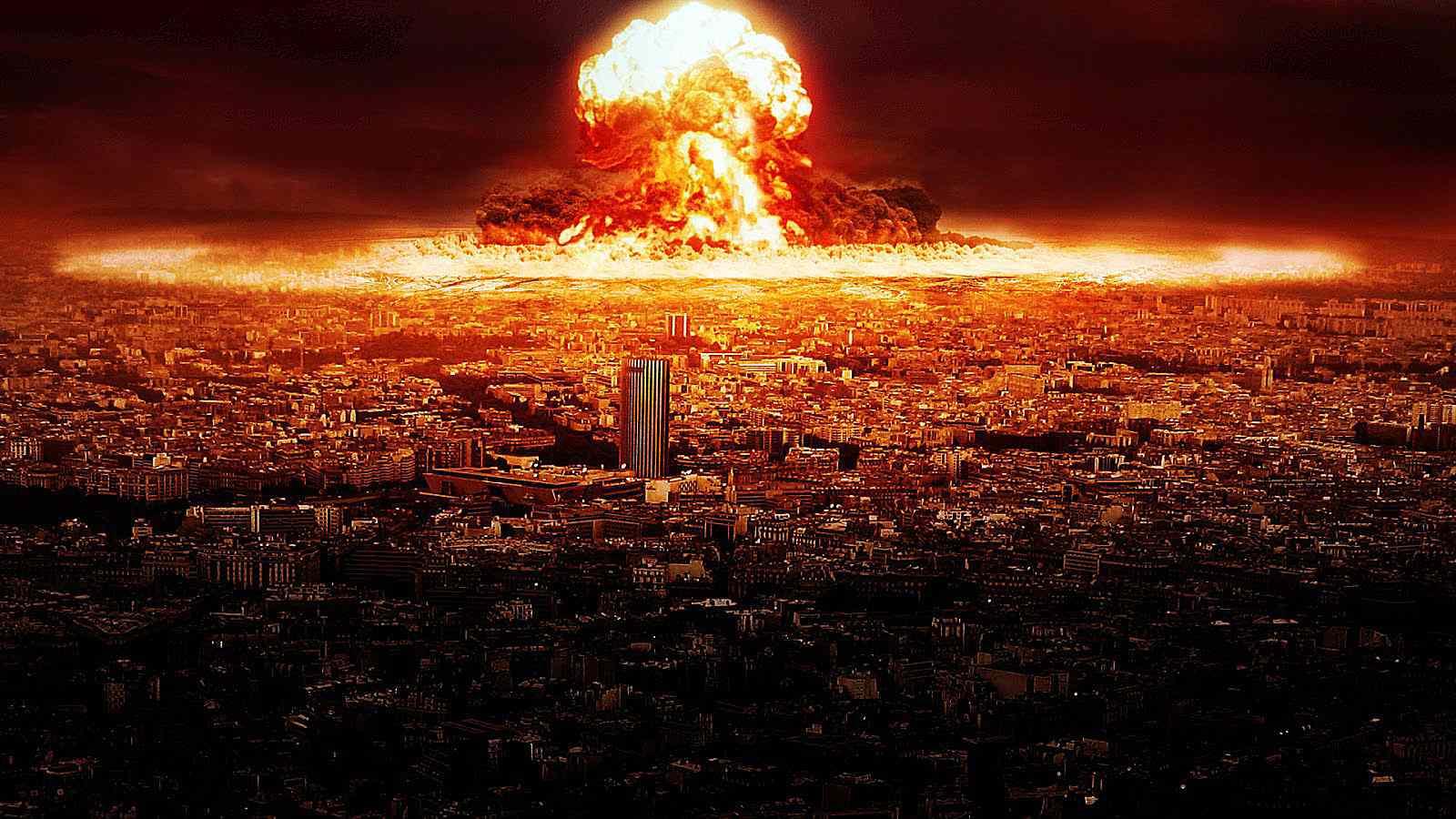 %D9%81%D9%8A%D8%B3-%D8%A8%D9%88%D9%83-2 الأزمة لديها سلاح نووي قد يمحي فيس بوك من الوجود
