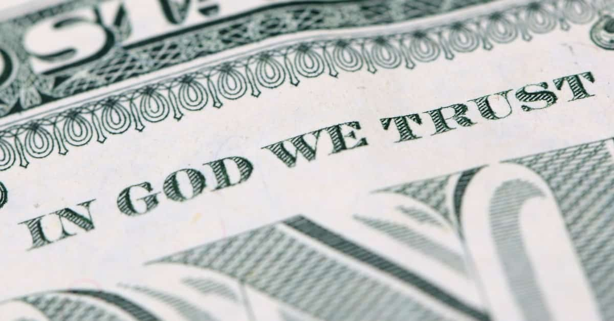 inGodwetrust-money-giving أغنى العائلات في العالم في مقدمتها روتشيلد و آل سعود
